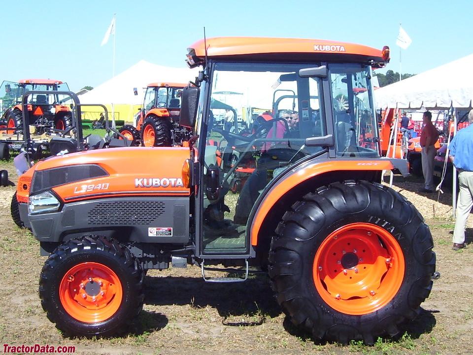 Kubota L3940
