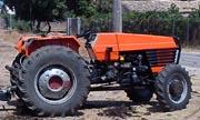 UTB/Universal 533 tractor photo