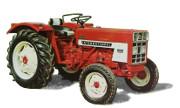 International Harvester 323 tractor photo