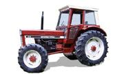 International Harvester 946 tractor photo