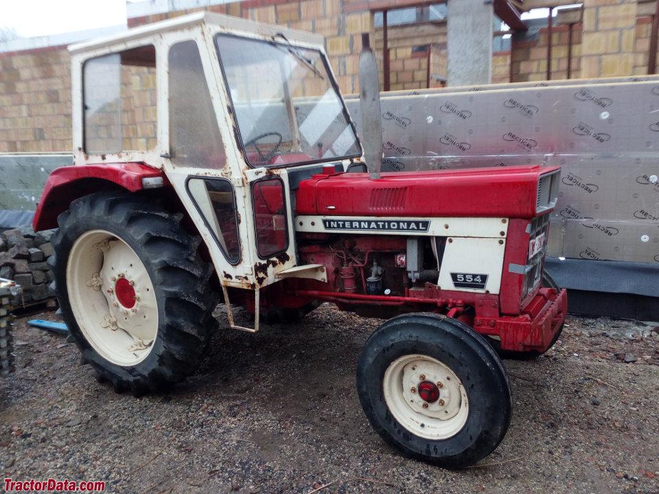 International Harvester 554