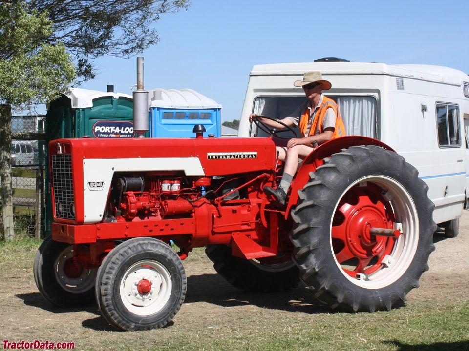 International Harvester 634