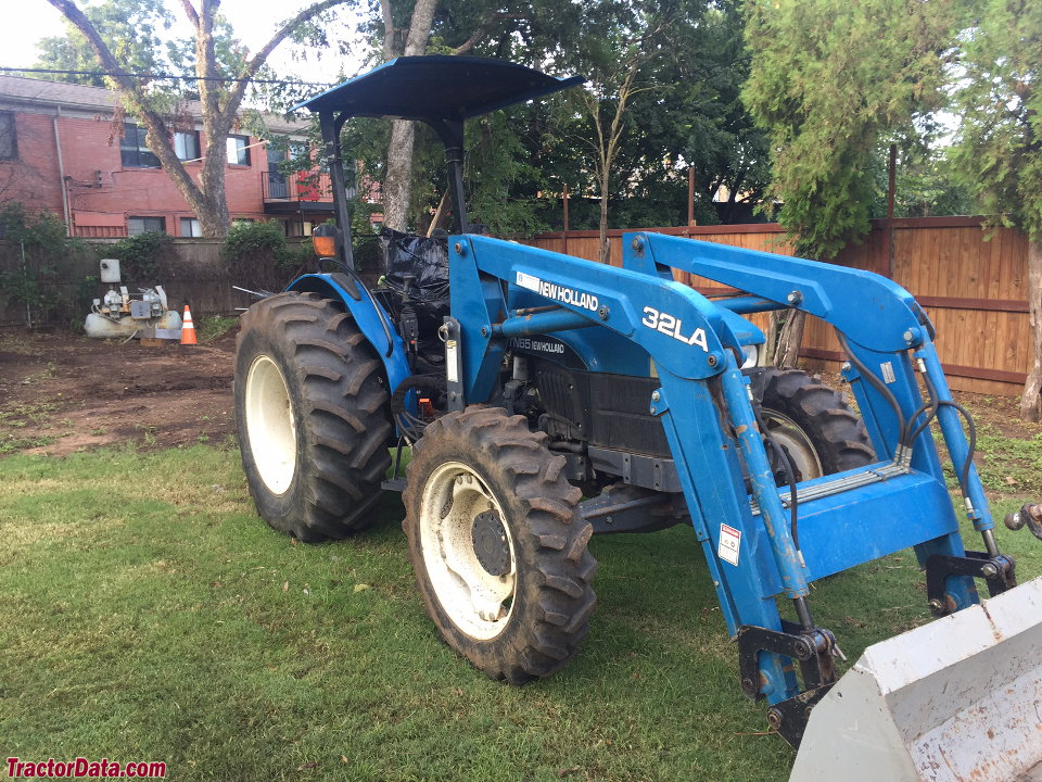 New Holland TN65D with 32LA front-end loader.