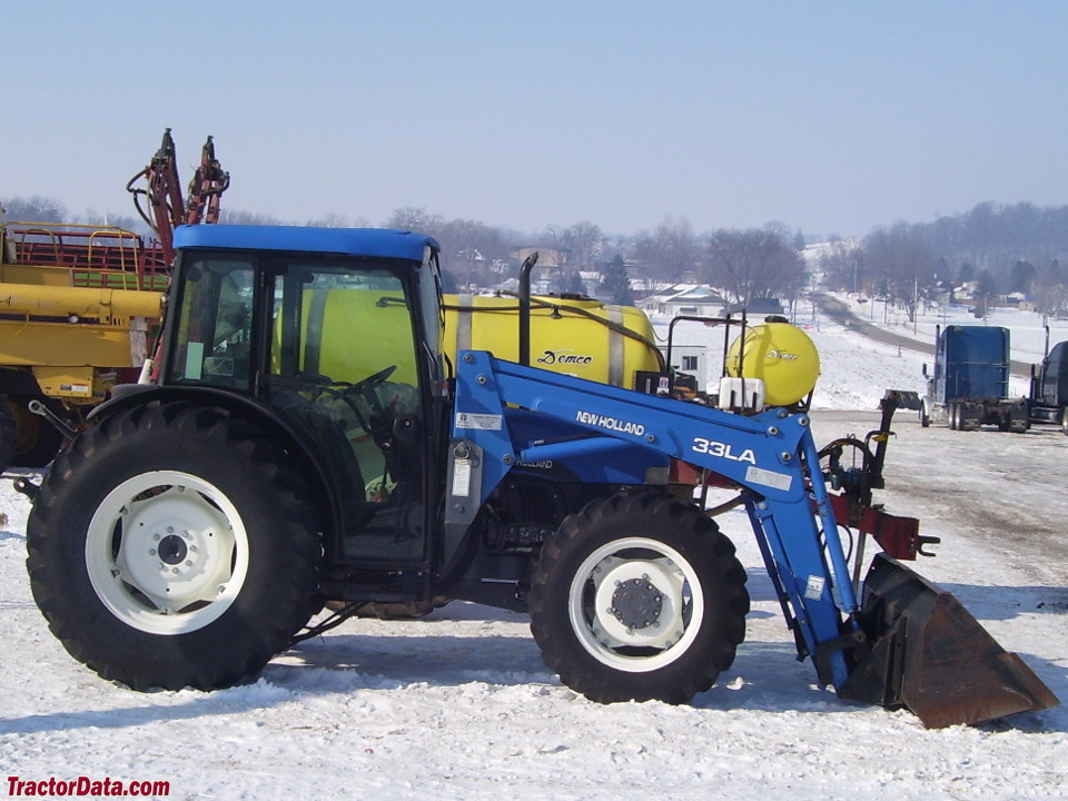 New Holland TN75S with 33LA front-end loader.