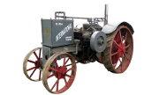 International Harvester 15-30 tractor photo
