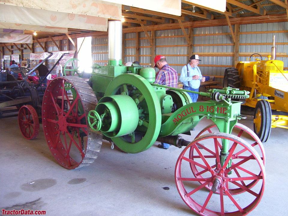 International Harvester Mogul 8-16