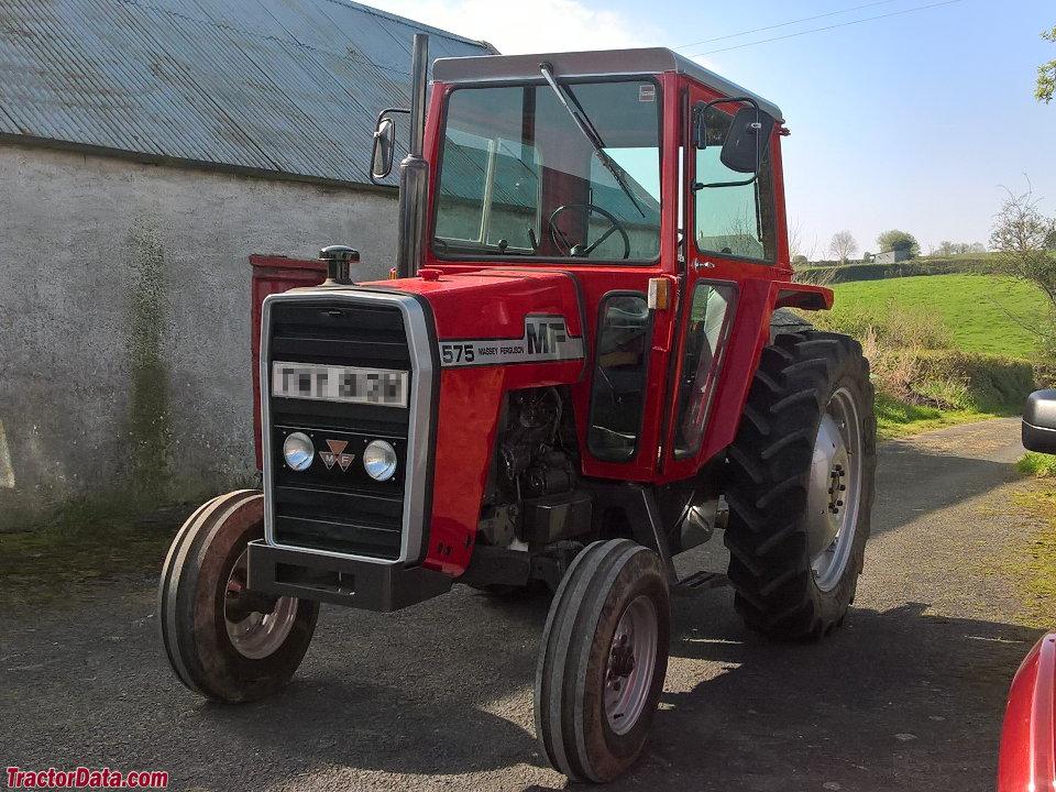 Massey Ferguson 575