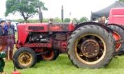 International Harvester B-614 tractor photo