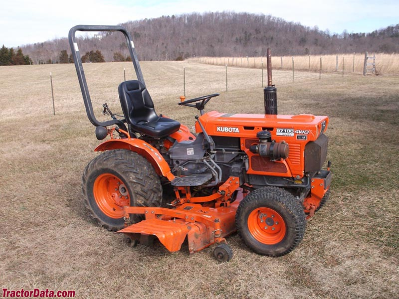 Kubota B7100HST, right side.