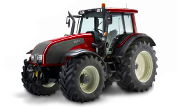 Valtra T131 tractor photo