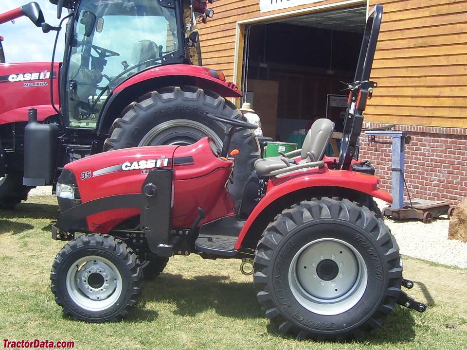 CaseIH Farmall 35