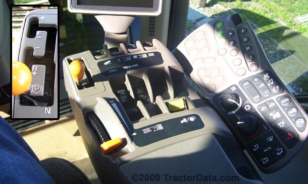 John Deere 8320R PowerShift transmission photo