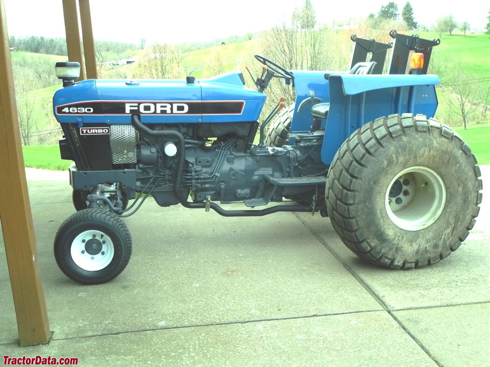 Ford 4630 converted to lower center of gravity (LCG).