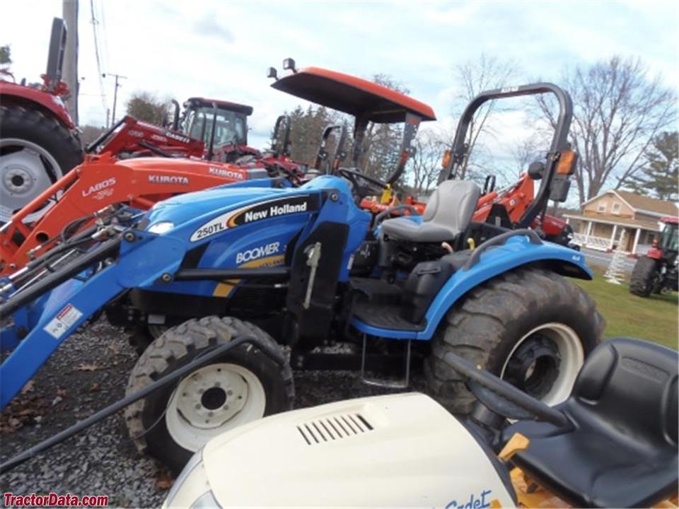 New Holland Boomer 3045