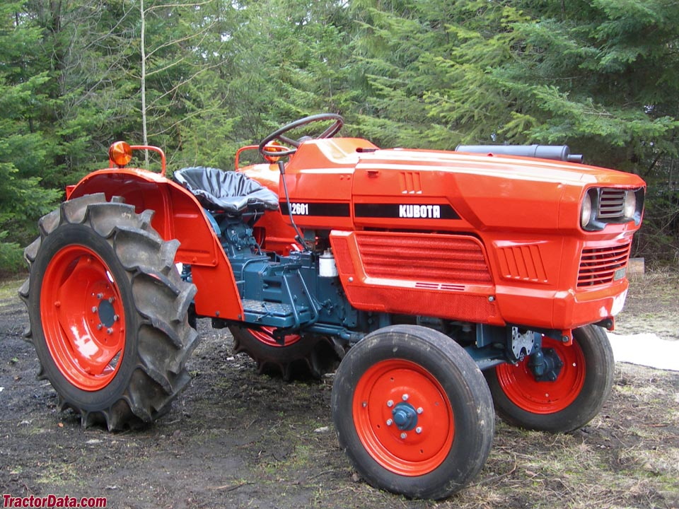 Kubota L2601