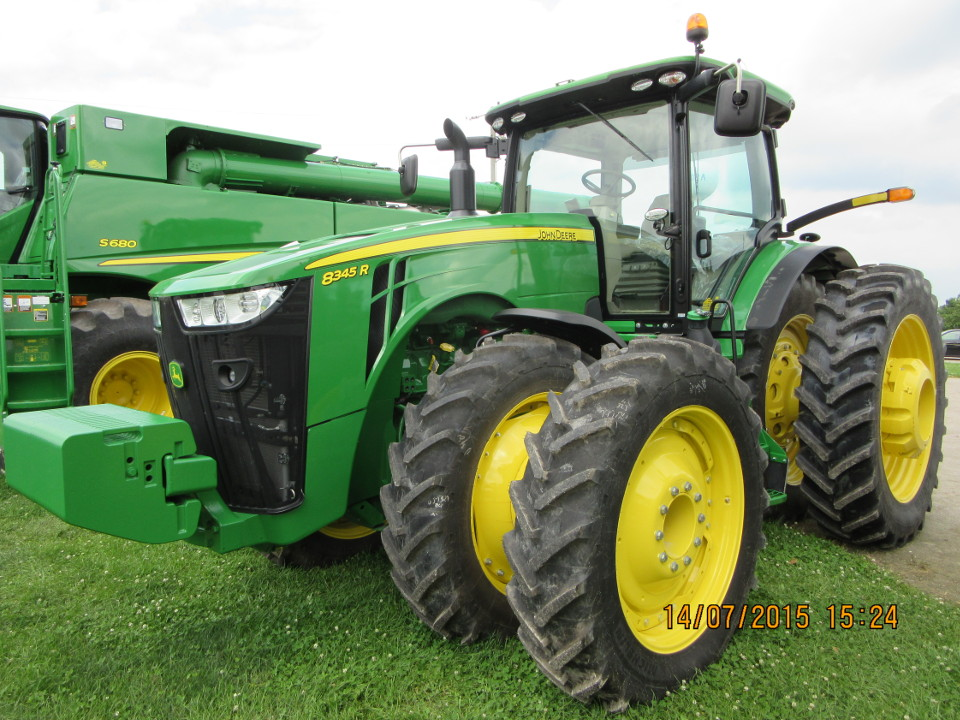John Deere 8345R with front and rear duals.