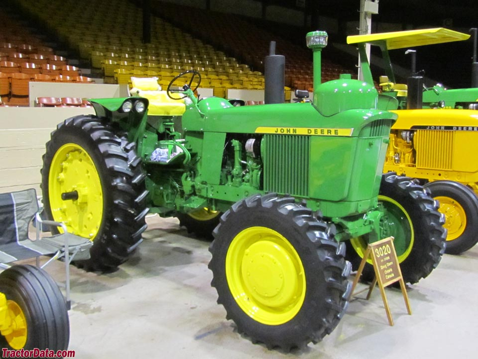 John Deere 3020 with LP-gas engine and four-wheel drive.