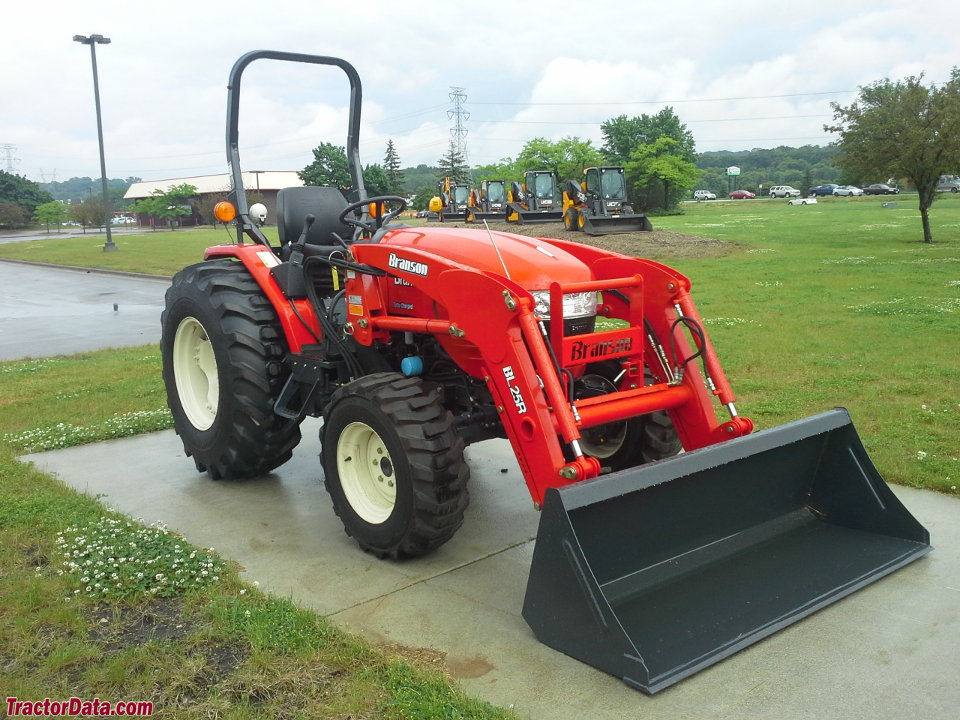 Branson 5220H with BL25R front-end loader.