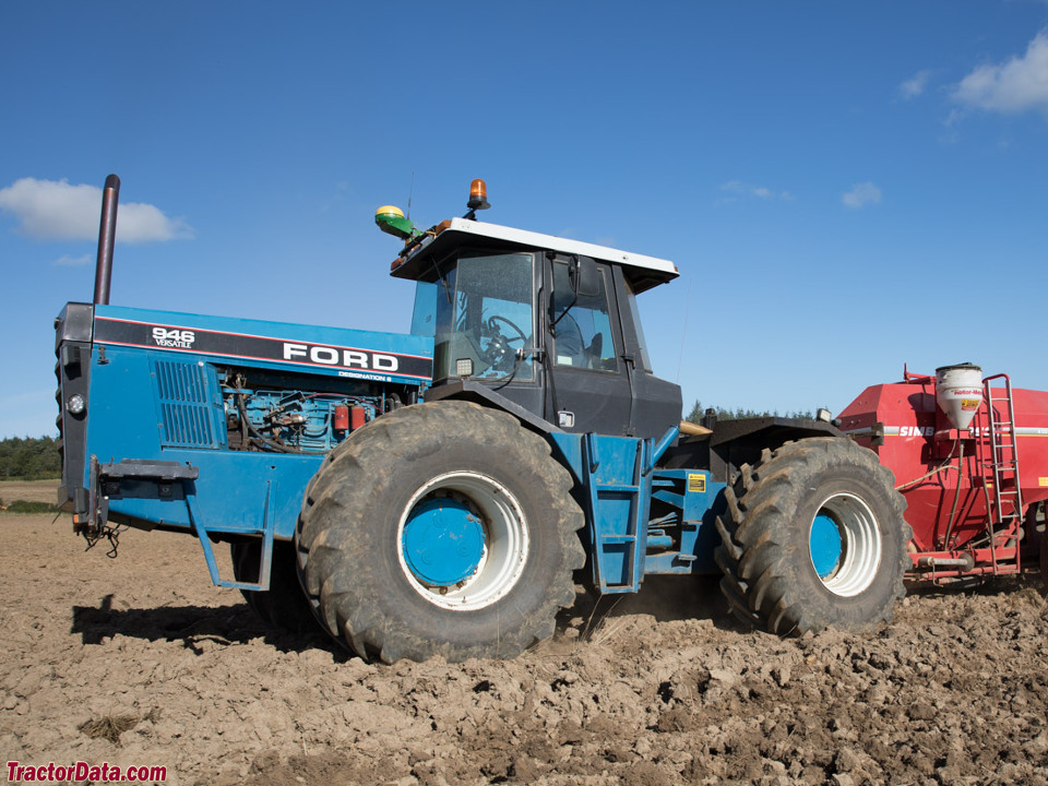 Ford 946